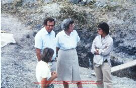 Visite de Richard Neave et Mary Leakey. Diapositive 1236